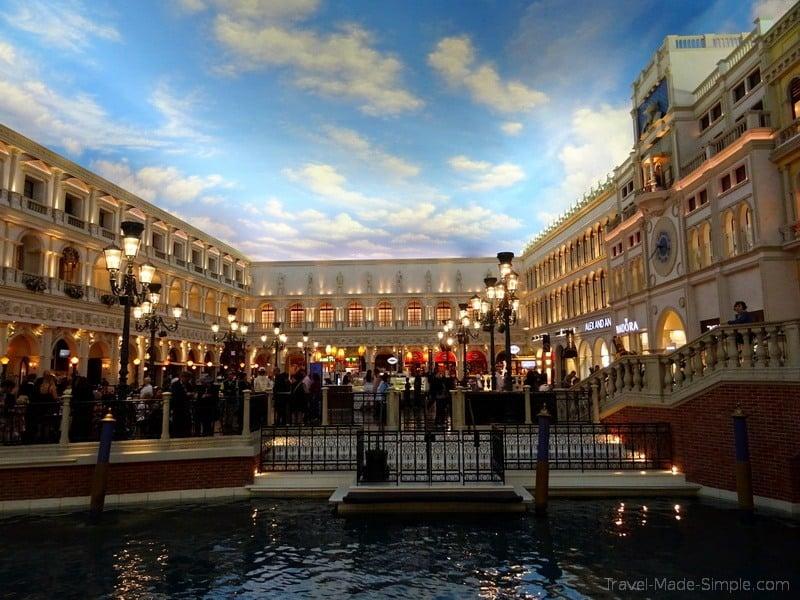 3 week southwest US road trip itinerary Las Vegas